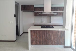 Apartamento en La Palma, Belen - 108mt, tres alcobas, balcón