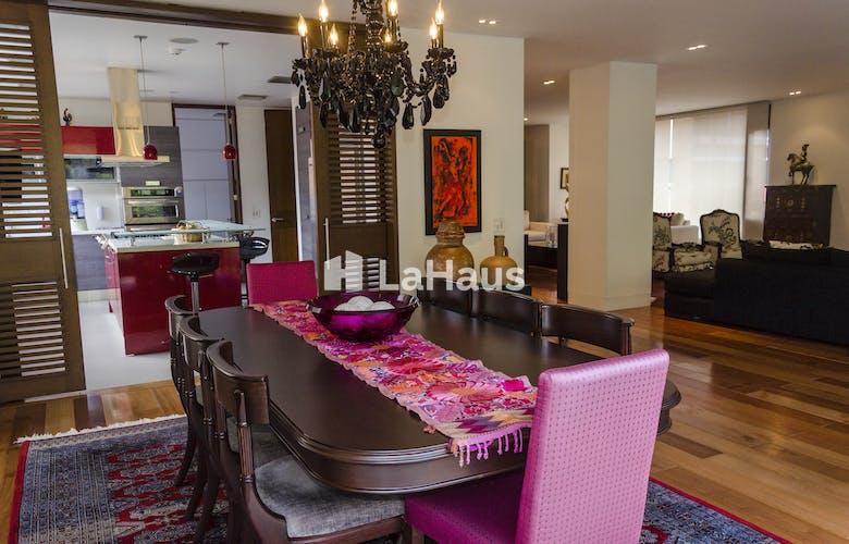 Foto 15 de Apartamento en Santa Bárbara de 3 hab, 340 mts