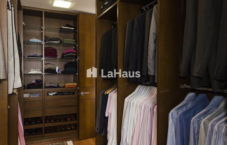 Foto 3 de Apartamento en Santa Bárbara de 3 hab, 340 mts