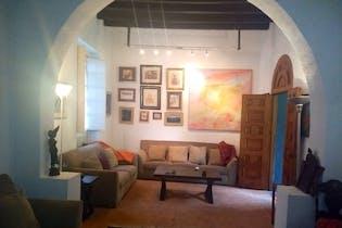 Casa en venta en Coyoacan 440 m2 con 2 jardines