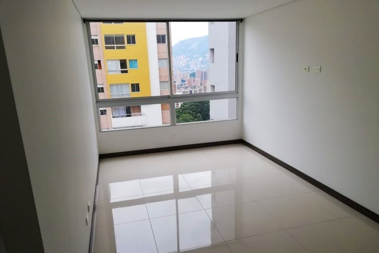 Portada Apartamento en Aves María, Sabaneta con 3 habitaciones, piscina - 68 mts.