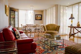 Apartamento en Chicó Navarra, Santa Bárbara, tres alcobas, 150 metros