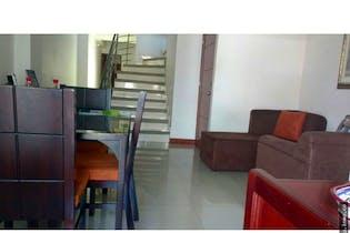 Apartamento en Holanda, Sabaneta - 107mt, tres alcobas, dos pisos