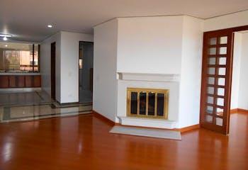 Apartamento en venta en Santa Bárbara Central de 3 alcobas