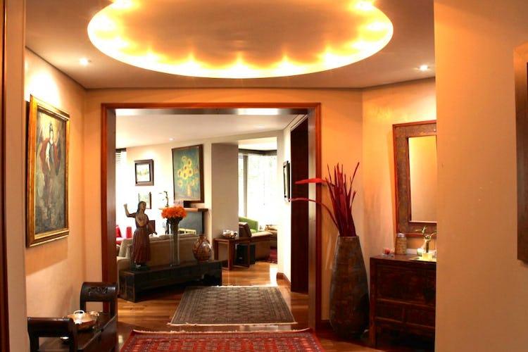 Portada Apartamento en Chico Reservado, Chico - 244mt, tres alcobas