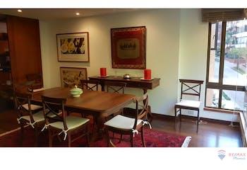 Apartamento en Rosales, Chicó con 3 habitaciones, piso 4-206mt2.