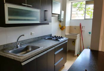 Apartamento en Calazans, La America - 67mt, tres alcobas, balcón