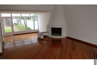 Casa en San Nicolas, Suba - 290mt, dos pisos, jardin