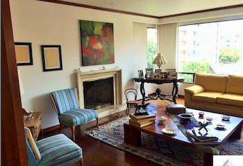 Apartamento de 380m2 en Chicó Navarra, Bogotá - con cuatro habitaciones