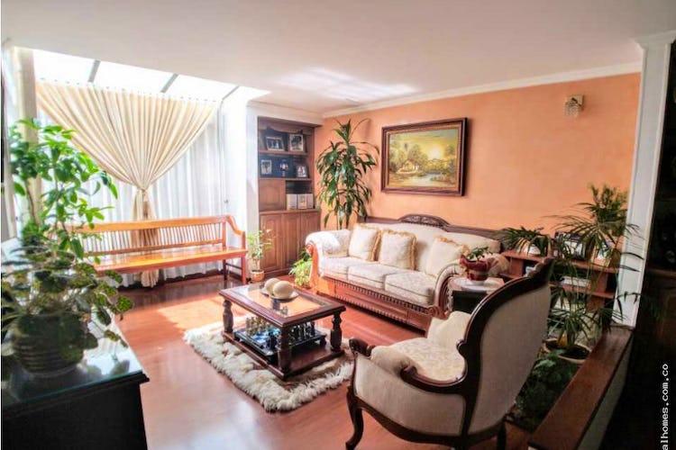 Portada Apartamento en venta en La Calleja, Con 3 habitaciones-123mt2