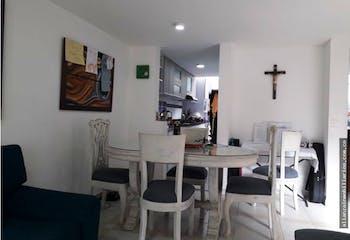 Casa en Chía, Cundinamarcar con 2 niveles y 4 habitaciones - 98mt2.
