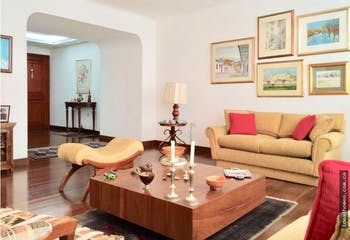 Apartamento en venta en Chico Bogota, Con 3 Habitaciones-208mt2