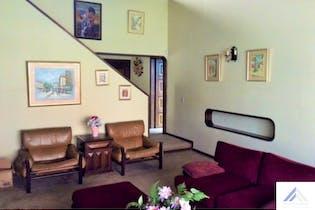 Casa lote de 411m2 en San Patricio, Bogotá - excelente ubicación