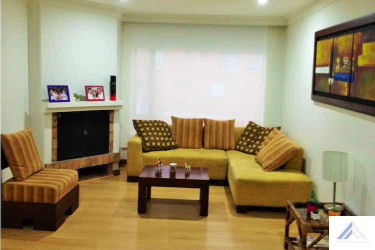 Portada Apartamento Santa Barbara - Bogota, cuenta con 2 habitaciones y 2 garajes. de 93m2