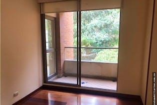 Apartamento en Cerros de Santa Barbara - Bogota, cuenta con 3 habitaciones y 2 balcones