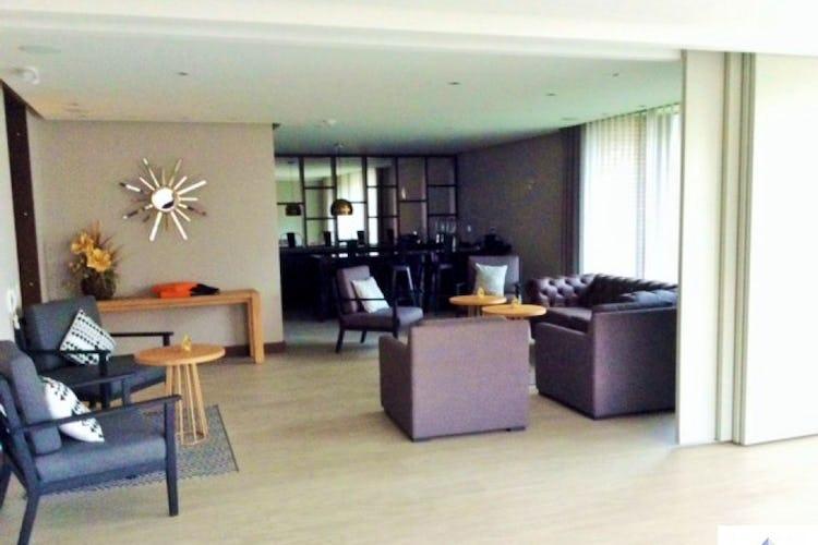 Portada Apartamento El Refugio - Bogota, con 2 habitaciones de  121 M2 en piso 7