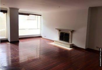 Apartamento en Chicó con 3 habitaciones, piso 2 - 160 mt2.