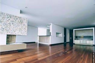 Apartamento en venta en Colina Campestre, Con 3 habitaciones-310mt2