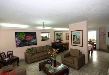 Casa en venta en Los Colores de 300m²