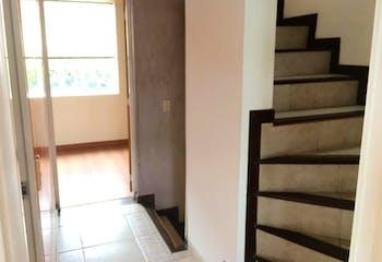 Casa en venta en Suba Lombardia de 90mts2, tres niveles