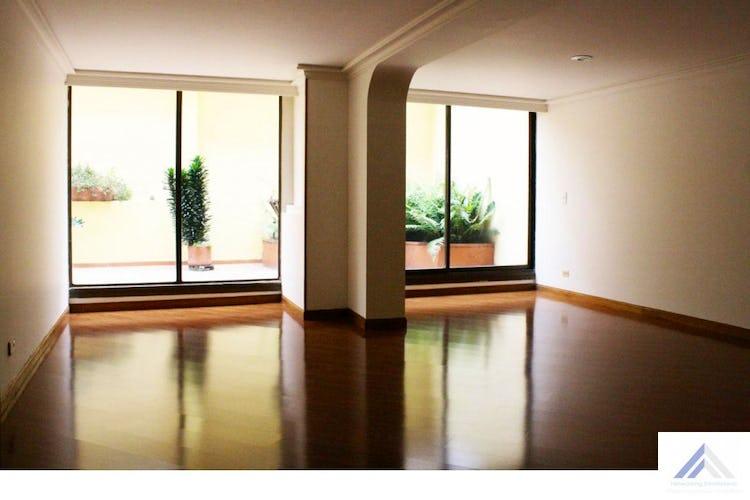 Portada Apartamento en Bella Suiza, La Carolina - 165mt, tres alcobas, terraza