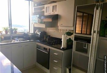 Apartamento en Santa Maria de los Angeles, Medellin - Tres alcobas