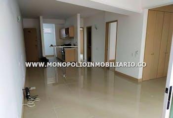 Apartamento en Aves María, Sabaneta con 4 habitaciones, piso 5 - 72 mt2.