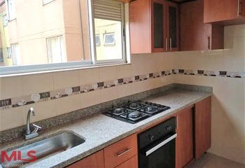 Multifamiliares El Cortijo, Apartamento en venta de 3 alcobas