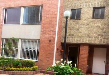 Casa en Mirandela, Suba - Tres alcobas