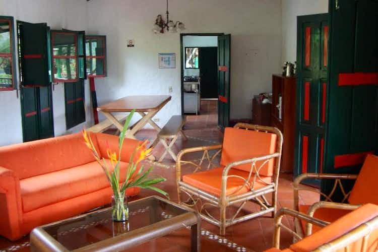 Portada Casa campestre en la Vega - 560 mts, 7 habitaciones.