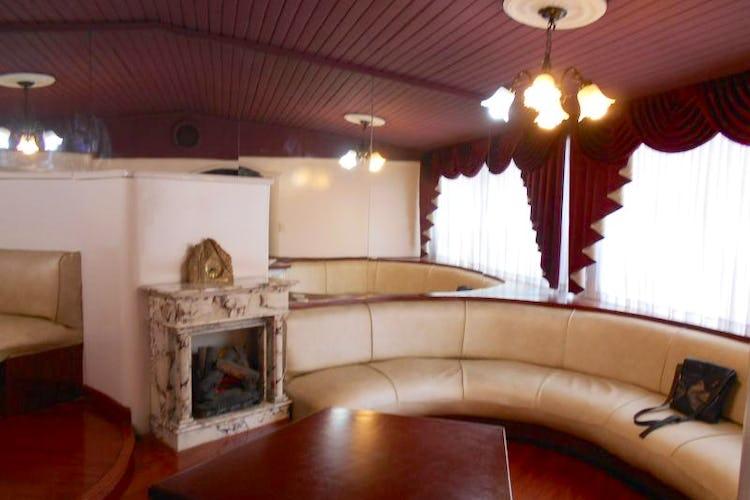 Portada Apartamento Dúplex de 84m2 en Quinta Paredes, Teusaquillo - con tres habitaciones