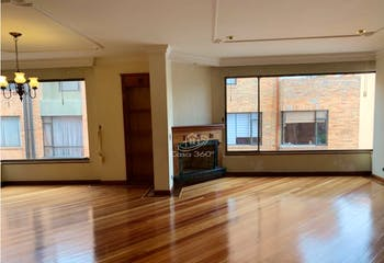 Apartamento en La Calleja - Usaquen, con 3 habitaciones y 4 baños