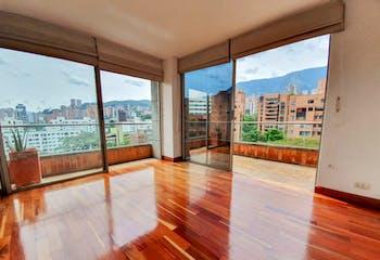 Apartamento de 210m2 en El Poblado, La Tomatera - con tres habitaciones