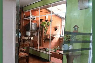 Casa de 192m2 en Santa Isabel, Bogotá - de dos niveles
