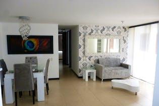 Apartamento de 85m2 en Loma del Indio, Medellín - con tres habitaciones