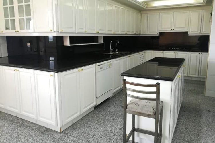 Portada Apartamento en Bosque Medina - 262 mts, 8 parqueaderos.