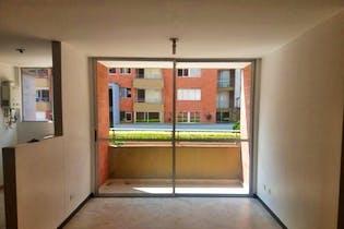 Apartamento en Loma de Cumbres, Envigado - 72mt, tres alcobas, balcón
