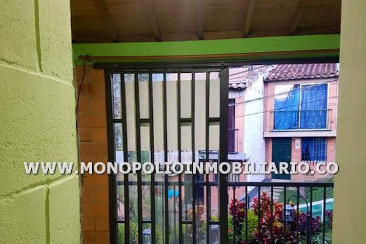 Portada Casa unifamiliar en Buenos Aires, Bombona - 78mt, cuatro alcobas, balcón