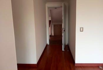 Apartamento en Barrio Nicolas de Federman, con tres habitaciones