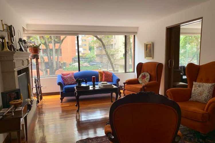 Portada Apartamento de 174m2 en el Retiro, Bogotá - con tres habitaciones