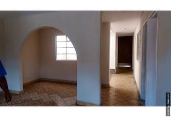 Casa  en La Limosna - San Antonio de Prado, cuenta con 3 habitaciones