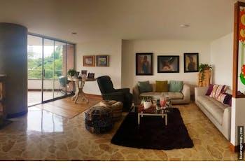 Apartamento en La Tomatera, El Poblado - Cuatro alcobas