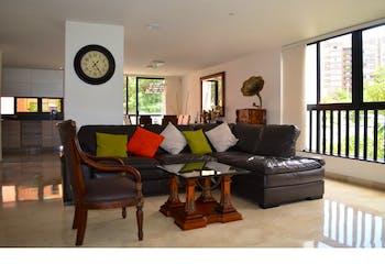 Apartamento en venta en Los Balsos de 288m² con Jardín...
