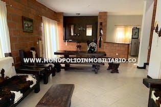 Casa Finca Amoblada - Sector San Jerónimo, con cuatro habitaciones