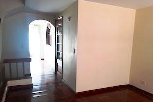 Casa en Cedritos - Bogota, cuenta con tres habitaciones