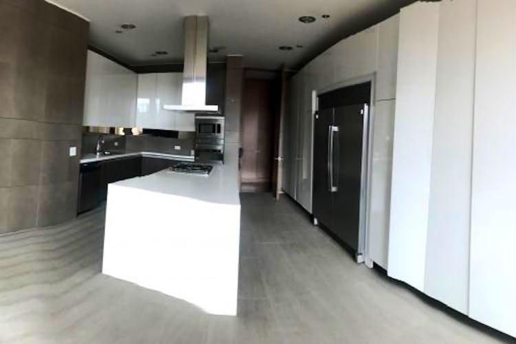 Portada Apartamento en Chico Reservado, con 4 habitaciones - 321.54 mt2.