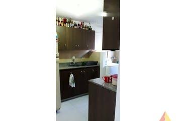 Apartamento de 64m2 en Las Antillas, Envigado - con tres habitaciones