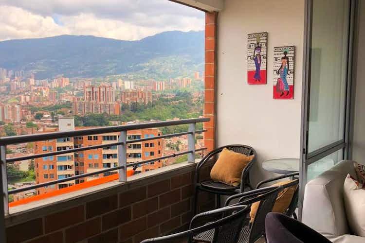 Portada Apartamento de 75m2 en Envigado, Loma de los Almendros - con tres habitaciones