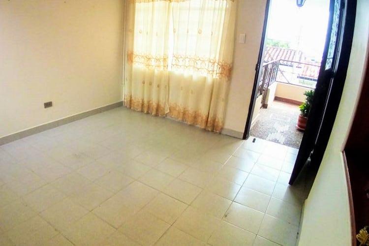 Portada Casa en manrique central - 132 mts, 4 habitaciones.