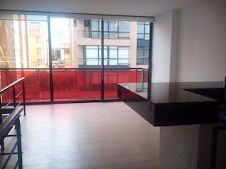 Una cocina con un gran ventanal en ella en Apartamento En Venta En Bogota Chicó Norte